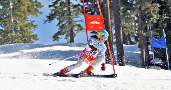 ski racer turn